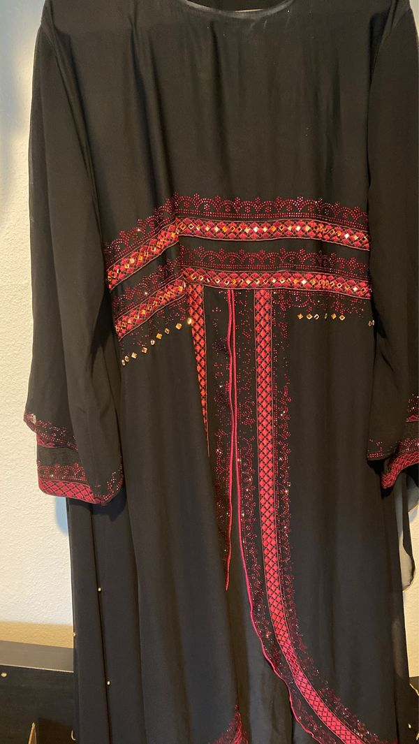 Modern Arabian dress/abaya