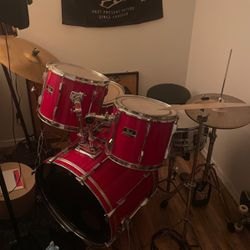 Pearl Export Series Drum Set for Sale in Seattle,  WA
