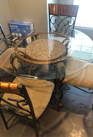 Dining table for Sale in Haines City, FL