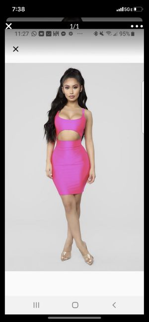 Fashion nova dress for Sale in Miami Gardens, FL
