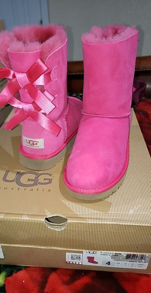 Ugg boots for Sale in Sanger, CA