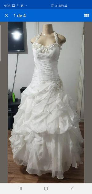 ESSENSE OF AUSTRALIA WEDDING DRESS size 12 for Sale in Los Angeles, CA