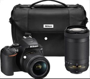 Nikon d3300 - two external lenses and a carry bag, like new for Sale in Duluth, GA