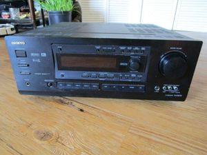 Onkyo TX DS676 5.1 Channel 110 Watt Receiver Good condition for Sale in Glendale, CA
