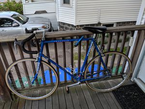 Schwinn road bike for Sale in Medford, MA