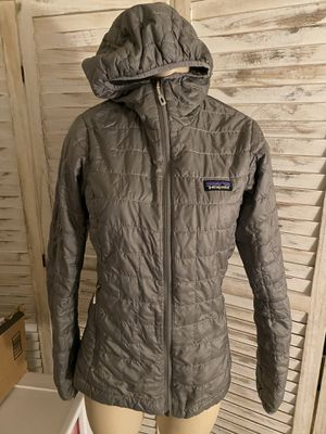 Patagonia gray woman's jacket xs for Sale in Seattle, WA
