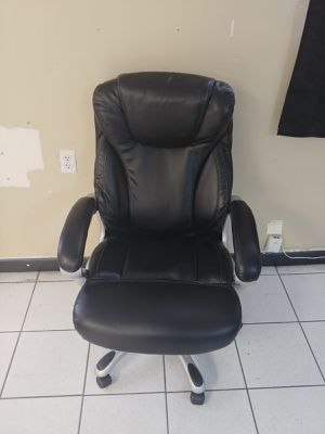 Computer chair for Sale in Hollywood, FL