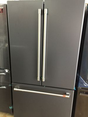 Refrigerator kissimme 39$ down ask for veronica for Sale in Kissimmee, FL