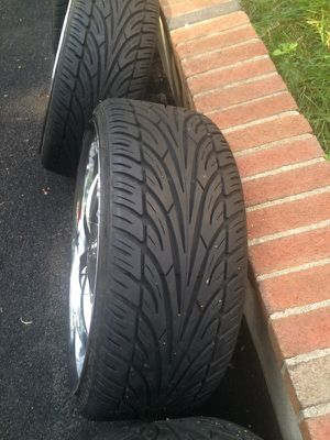 Universal rims size 20 for Sale in Waltham, MA