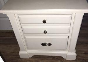 Dresser and nightstand for Sale in Woodbridge, VA