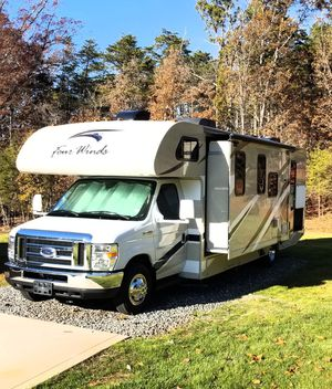 2017 Thor Motor Coach - Four Winds Floorplan: 28Z (Class C) RV Motor Coach Camper for Sale in Cornelius, NC