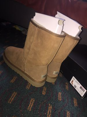 UGG Boots ( Size 12 ) for Sale in Atlanta, GA