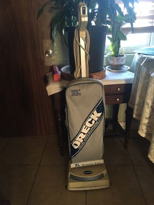 Good vacuum cleaner for Sale in Highland, CA