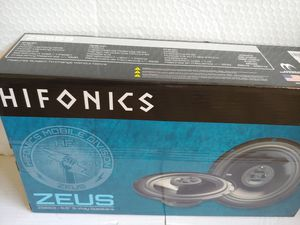 Car speakers :Hiifonics 6 .5 inch 3 way 300 watts car speakers for Sale in Bell Gardens, CA