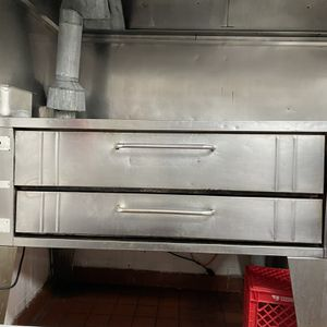 Pizza Oven Bakers Pride for Sale in Farmington, MI