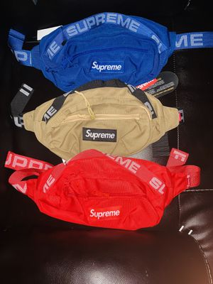 Waist bag Supreme $20 or best deal when it's more than one for Sale in Union Park, FL