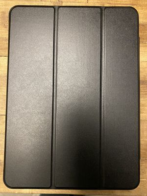New IPad 11 pro case with screen cover for Sale in Kapolei, HI
