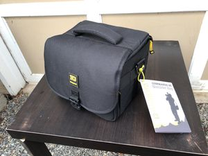 Shoulder bag commando 36 BRAND NEW WITH TAGS AND BAG laptop bag electronics bag iPad for Sale in Woodinville, WA