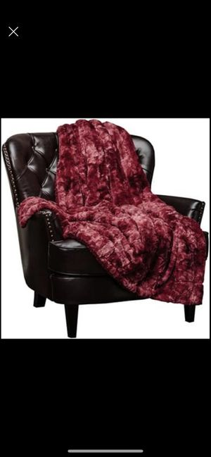 Fuzzy Faux Fur Throw Blanket for Sale in Murrieta, CA
