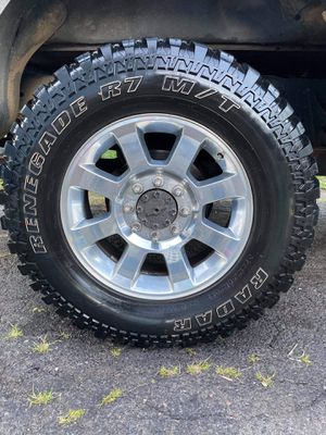 8 lug for Sale in Wallingford, CT