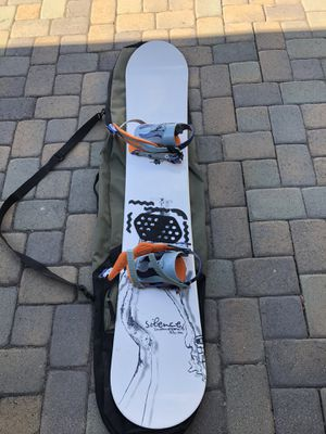 Silence 185cm snowboard w travel bag for Sale in Newport Beach, CA