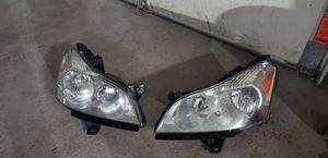 2008-2012 Chevrolet Traverse headlights for Sale in Westland, MI