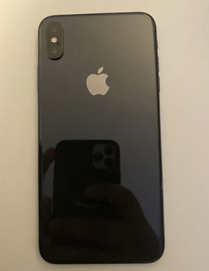 iPhone XS regular size 256gb unlocked all networks for Sale in San Diego, CA