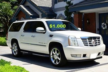 💚2OO8 Cadillac Escalade/UP FOR SALE * ZERO ISSUES > RUNS AND DRIVES LIKE NEW $1000🌸 for Sale in Aurora,  CO