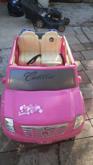 Carrito de bateria para niñas usado pero en buenas condines pickup only for Sale in Dallas, TX