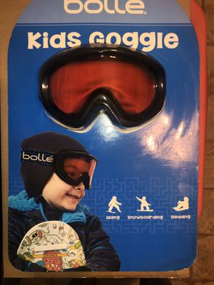 Kids snow goggles for Sale in Fresno, CA