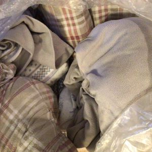 3 Sets QUEEN sheets Sets. 2 flannel 1 Microfiber . All $10.00 for Sale in Lawrenceville, GA