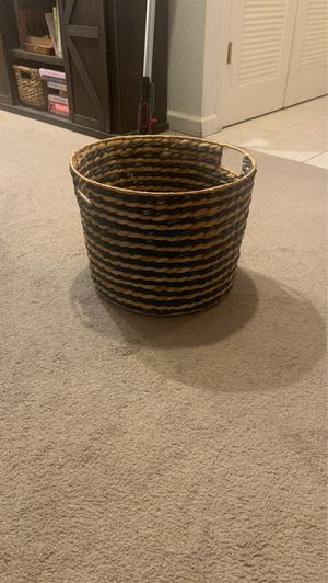 Wicker basket for Sale in Lafayette, CA