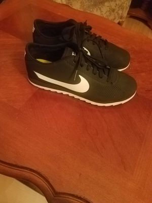 Nike cortez ultra tenis shoes. Zise 6.5 for Sale in Woodburn, OR