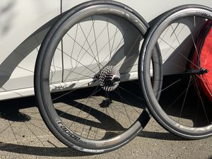 Roval rapide clx 4 ceramic fiber carbon wheel set for Sale in Redwood City, CA