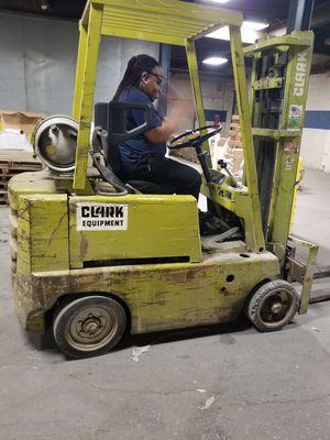 Clark Fork lift for Sale in Detroit, MI