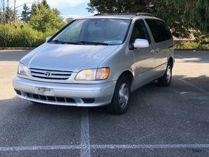 2002 Toyota Sienna for Sale in Lakewood, WA