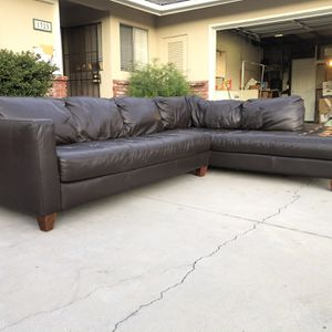 Large Brown Leather Sofa Sectional for Sale in La Habra, CA