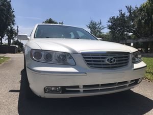 2007 Hyundai Azera clean title great condition for Sale in West Park, FL