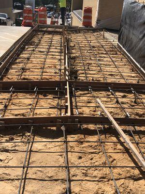 Asemos delivery y trabajo de cemento for Sale in Dallas, TX