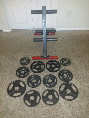 """Body solid Olympic weight tree with 60lbs 2"""" weights. 2x10lbs, 6x5lbs, 4x2.5lbs. for Sale in Coconut Creek, FL"""
