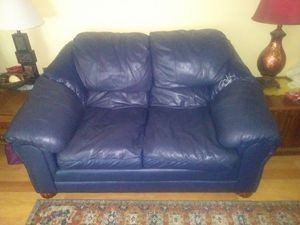 loveseat and chair for Sale in Pekin, IL