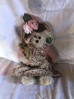 Collectible Bearington Bears Handcrafted Daisy and Belle # 1069 plush Teddy Bear for Sale in Oceanside, CA