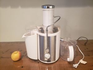 Bella juicer for Sale in Tacoma, WA