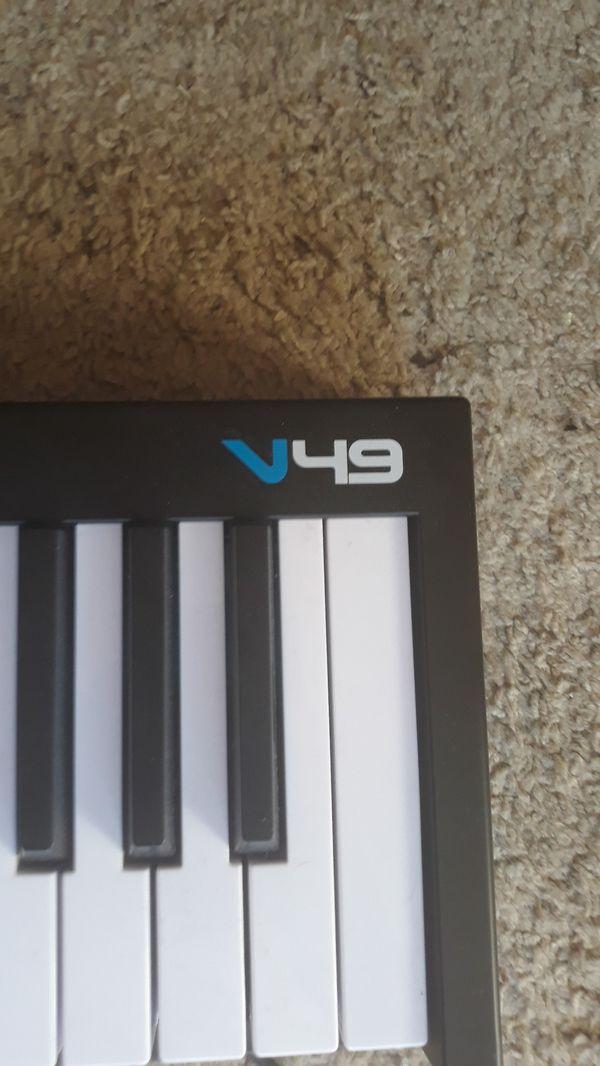 Alesis v49 Studio Midi Keyboard