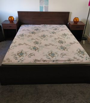 Bed frame and mattress for Sale in Los Angeles, CA