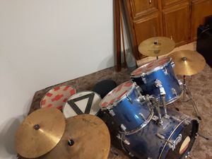 Complete drum set mint condition 150$ obo for Sale in Lubbock, TX