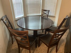 Dining Table & Chairs for Sale in Cypress, TX