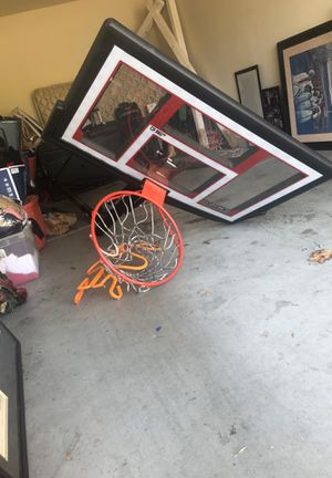 Basketball hoop lifetime brand with shatter proof for Sale in Lake Elsinore, CA