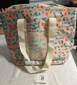 New Insulated tote still has tags for Sale in Riverside, CA