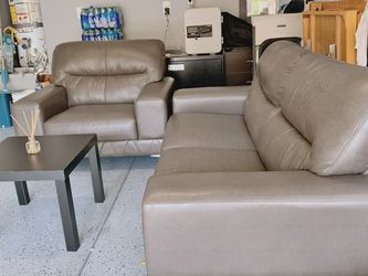Beautiful Gray Sofa Set for Sale in Las Vegas,  NV